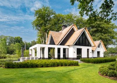 Moderne rietgedekt landhuis Bilthoven