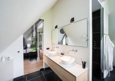 Bathroom ensuite Villa Bilthoven Buro Go